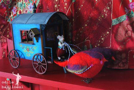 Mini roulotte aux oiseaux