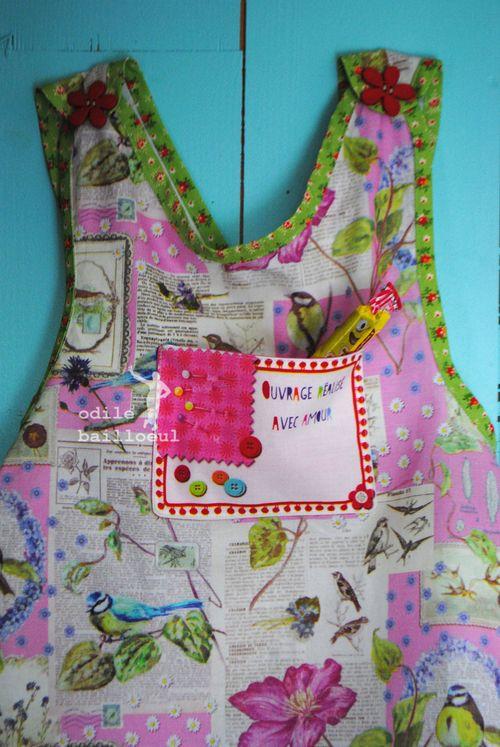 Mini détail robe tablier